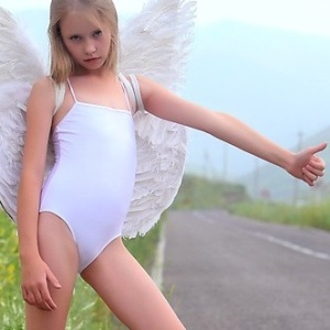 angelasf